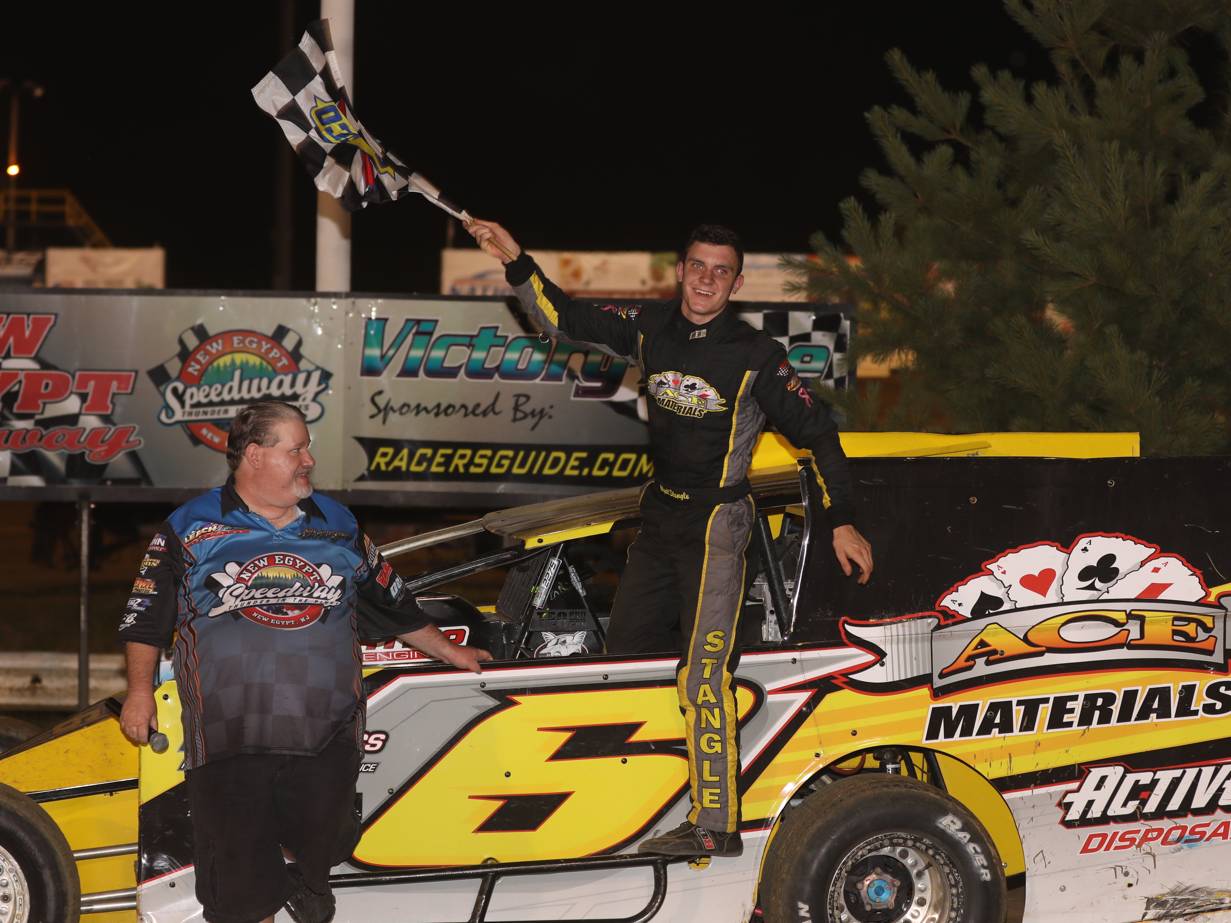 MATT STANGLE WINS HIS FIRST CAREER MODIFIED FEATURE AT NEW EGYPT SPEEDWAY